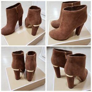 Mk suede brown heeled booties